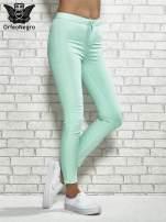 Miętowe spodnie rurki skinny                                  zdj.                                  1