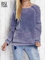 Niebieska dekatyzowana bluza z surowym wykończeniem                                                                          zdj.                                                                         1