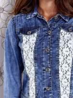Niebieska jeansowa kurtka z koronkowymi wstawkami                                  zdj.                                  8
