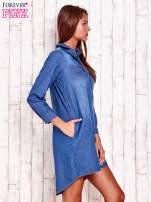 Niebieska jeansowa sukienka koszula z dłuższym tyłem                                  zdj.                                  3