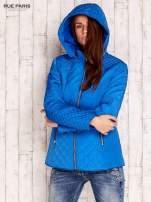 Niebieska pikowana kurtka z kapturem w stylu husky                                  zdj.                                  5