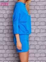 Niebieska sukienka z luźnym kołnierzem                                  zdj.                                  3