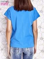 Niebieski t-shirt z napisem NEED IT LOUDER                                  zdj.                                  2