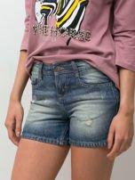 Niebieskie jeansowe szorty z przetarciami                                  zdj.                                  5