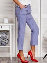 Niebieskie spodnie 7/8 w drobny deseń                                  zdj.                                  5