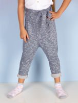Niebieskie spodnie dresowe dla dziewczynki z wiązaniem                                  zdj.                                  2
