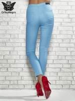 Niebieskie spodnie rurki skinny                                                                          zdj.                                                                         4