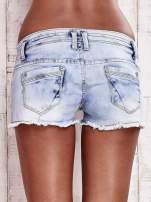 Niebieskie szorty jeansowe z haftem                                  zdj.                                  2