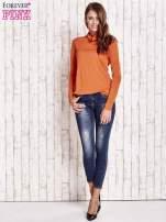 Pomarańczowa gładka bluzka z golfem                                  zdj.                                  4
