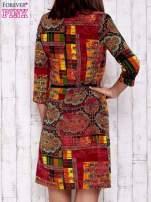 Pomarańczowa sukienka w kolorowe etniczne wzory                                                                          zdj.                                                                         4