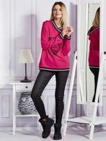 Różowa bluza z herbem z dżetów                                   zdj.                                  4