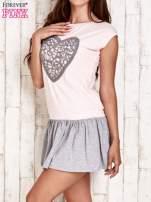 Różowa dresowa sukienka tenisowa z sercem                                  zdj.                                  3