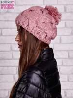 Różowa dziergana czapka z pomponem                                                                           zdj.                                                                         2