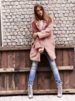Różowa futrzana kurtka oversize