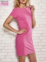 Różowa sukienka dresowa o prostym kroju                                  zdj.                                  3