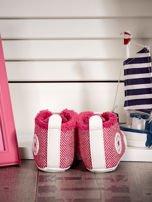Różowe ocieplane buciki dziecięce w wzór jodełki                                  zdj.                                  4