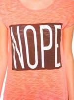 Różowy t-shirt z nadrukiem NOPE
