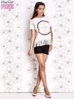 Różowy t-shirt z nadrukiem i frędzlami                                  zdj.                                  4