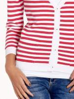 Rozpinany sweter w biało-czerwone paski z kieszonkami po bokach                                  zdj.                                  6
