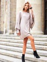 SCANDEZZA Beżowa sukienka z hiszpańskimi rękawami                                  zdj.                                  5