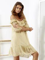 Beżowa sukienka z wycięciami na ramionach                                  zdj.                                  4