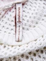 STRADIVARIUS Biały ażurowy sweter z rękawem 7/8                                  zdj.                                  3