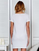 Sukienka biała bawełniana z napisem COLLEGE                                  zdj.                                  2