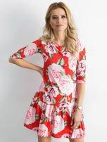 Sukienka czerwona w duże kwiaty z falbaną                                  zdj.                                  1