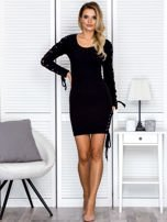 Sukienka damska w prążek ze sznurowaniami czarna                                  zdj.                                  4
