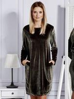 Sukienka damska welurowa z kieszeniami ciemnozielona                                  zdj.                                  1