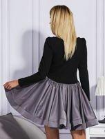 Sukienka damska z rozkloszowaną spódnicą szara                                  zdj.                                  2