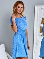 Sukienka dzienna z nadrukiem w kwiatki niebieska                                  zdj.                                  3