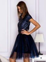 Sukienka koktajlowa z tiulem i cekinami granatowa                                  zdj.                                  5
