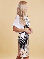 Sukienka z symetrycznym nadrukiem pomarańczowa                                  zdj.                                  2