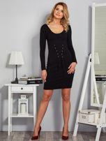 Sukienka ze sznurowaniem i głębokim dekoltem czarna                                  zdj.                                  4