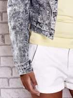 Szara jeansowa kurtka w tłoczone wzory                                  zdj.                                  7