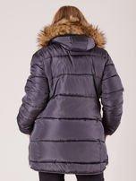Szara pikowana kurtka damska z futerkiem PLUS SIZE                                  zdj.                                  2