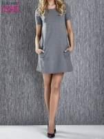 Szara trapezowa sukienka z kieszeniami                                  zdj.                                  1