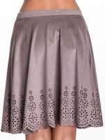Szara zamszowa spódnica w stylu boho                                  zdj.                                  6