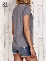 Szary melanżowy t-shirt basic                                  zdj.                                  4