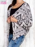 Szary sweter w geometryczne wzory                                                                          zdj.                                                                         3