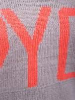 Szary sweter z sercem i napisem YOU                                  zdj.                                  5