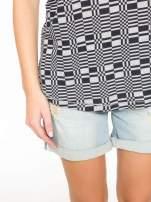Szary t-shirt z geometrycznym nadrukiem                                  zdj.                                  7