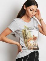 Szary t-shirt z nadrukiem dziewczyny                                  zdj.                                  3