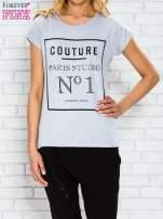 Szary t-shirt z napisem PARIS STUDIO z dżetami                                                                          zdj.                                                                         1