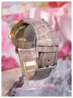 Szary zegarek damski na skórzanym lakierowanym pasku                                  zdj.                                  2