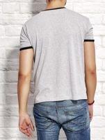 T-shirt męski z nadrukiem szary                                  zdj.                                  2