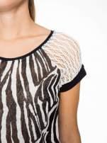 T-shirt z nadrukiem zebry i ażurowymi rękawami                                                                          zdj.                                                                         7