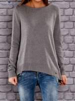 TOM TAILOR Ciemnoszary sweter z materiałową wstawką z tyłu                                  zdj.                                  1