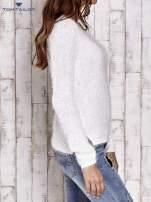 TOM TAILOR Ecru włochaty sweter z dłuższym tyłem                                                                          zdj.                                                                         4